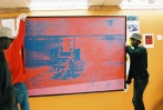 Montage de l'exposition Andy Warhol - 3/7