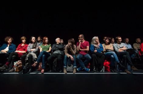 """La Chorégraphie du travail #2"", 4 octobre 2013 ©Ouidade Soussi-Chiadmi 7/15"